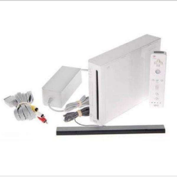 Wii más mandos, disco duro con juegos y accesorios