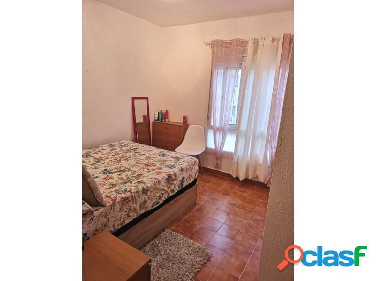 Apartamento alto situado en última planta del bloque a 100 mts del mar y juto al centro de calella 3