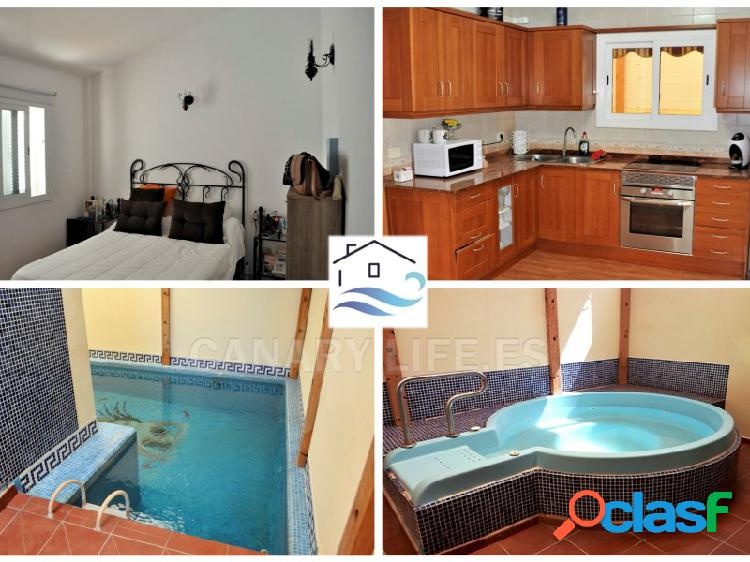 Casa adosada 3 dormitorios con piscina y garaje