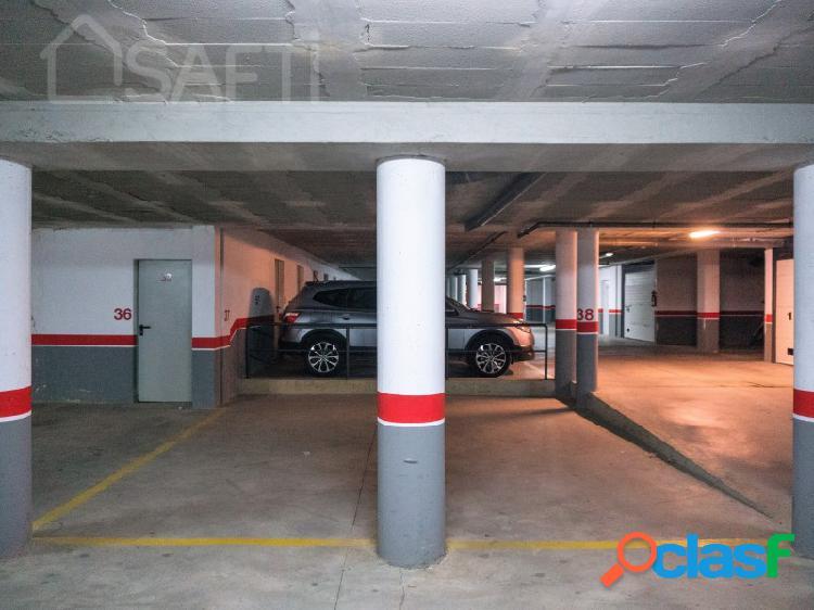 Dos plazas de parking en zona de los deportes, se venden juntas o por separado