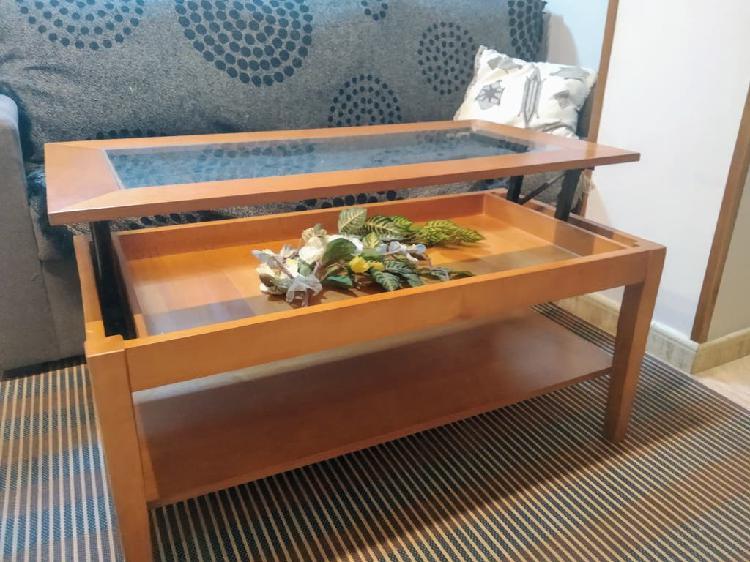 Mesa centro madera color cerezo, con tapa elevable