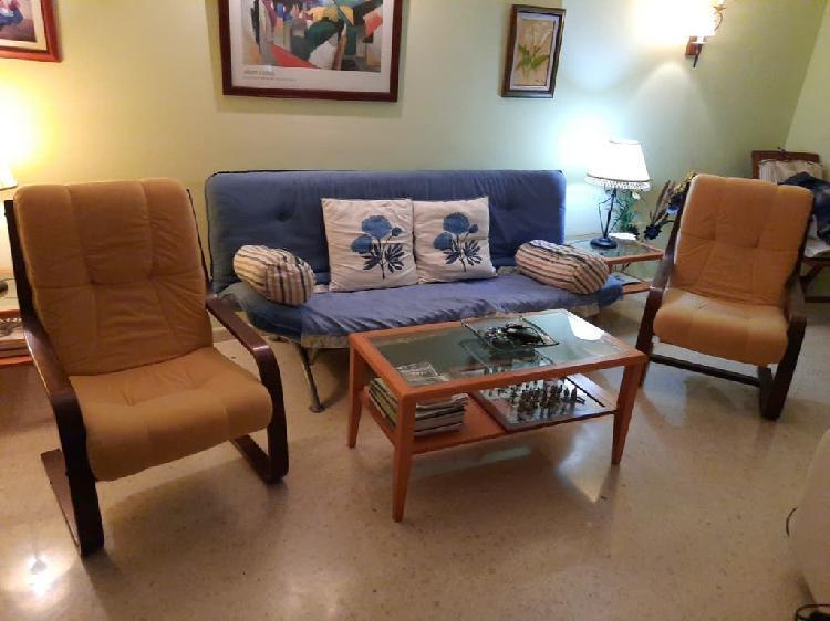 Sofá cama y sillones