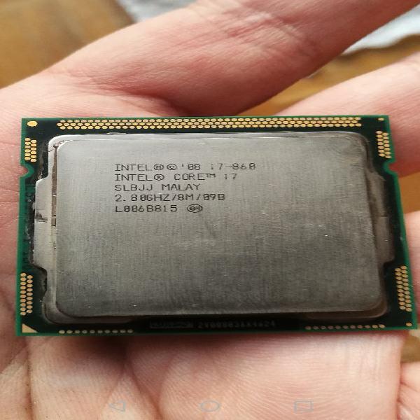 Intel i7 860 + disipador original + pasta térmica