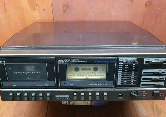 Compacto tocadiscos cassette pelsound