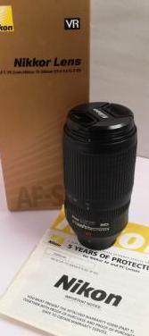 Nikon af-s nikkor 70-300 mm f4.5-5.6 ed g if vr 67