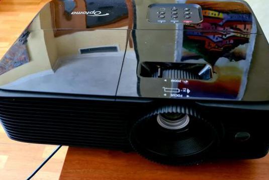 Proyector optoma hd137xe full hd 3d optoma