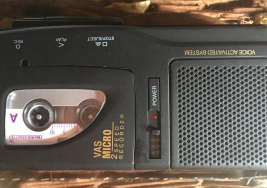 Grabador reproductor mini casette