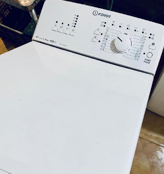 Lavadora carga superior indesit de 5kg