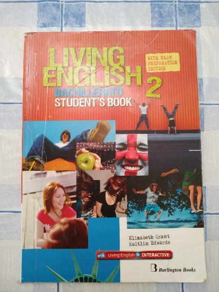Living english 2 de bachillerato students book.