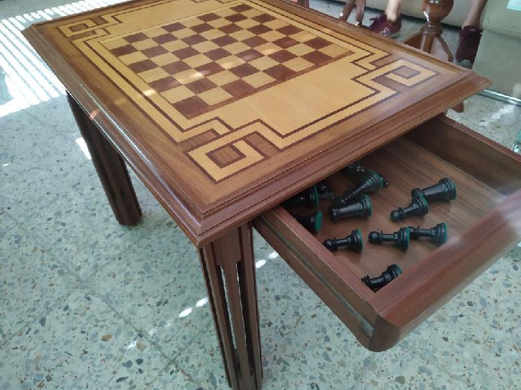 Mesa madera maciza marqueteria