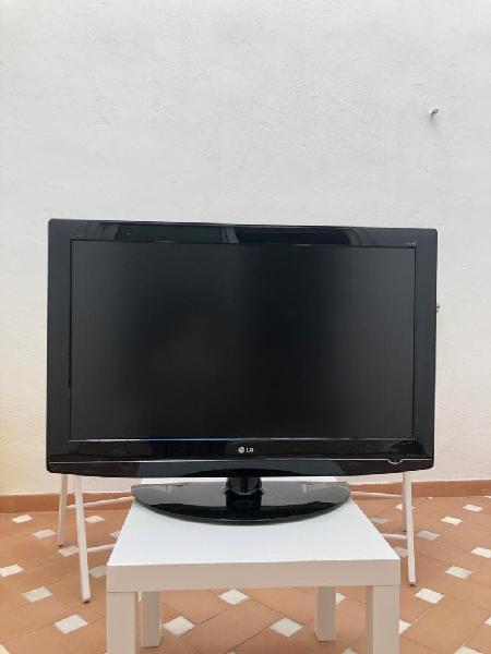 """Televisión lg 37"""" hd"""