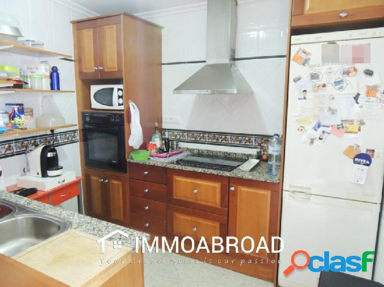 Adosado en venta en Oliva con 3 dormitorios y 2 baños 3