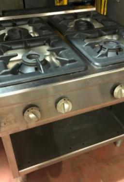 Cocina industrial cuatro fuegos gas
