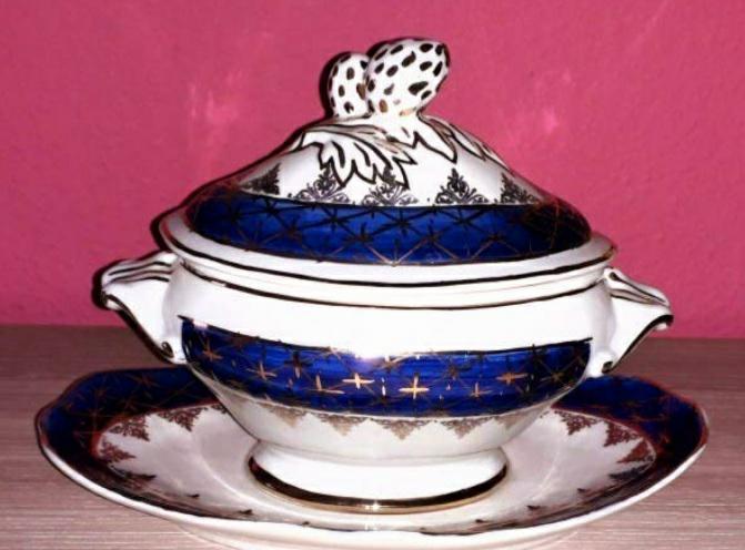 Pieza única de porcelana portuguesa con firma ver fotos y