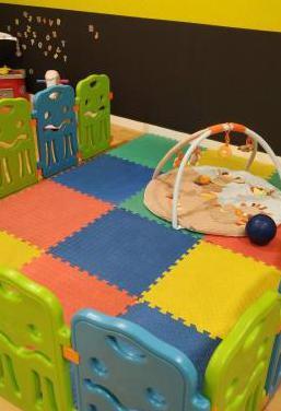 cafeteria y parque infantil