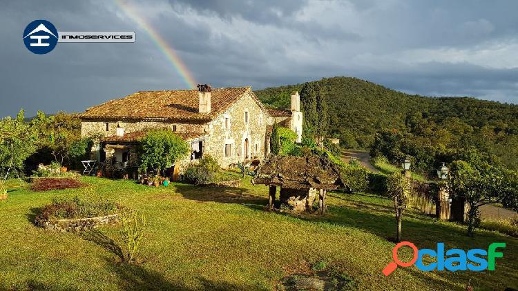 Masia de turismo rural excepcional 34 hectareas con dos construcciones massis de cadiretes