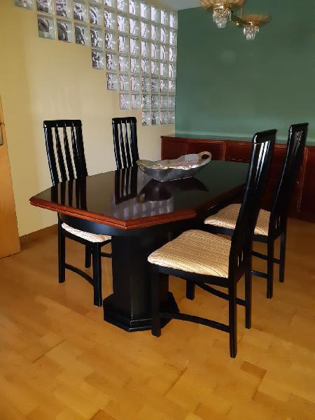 """Mesa comedor madera etimoe """"calidad y buen estado"""""""