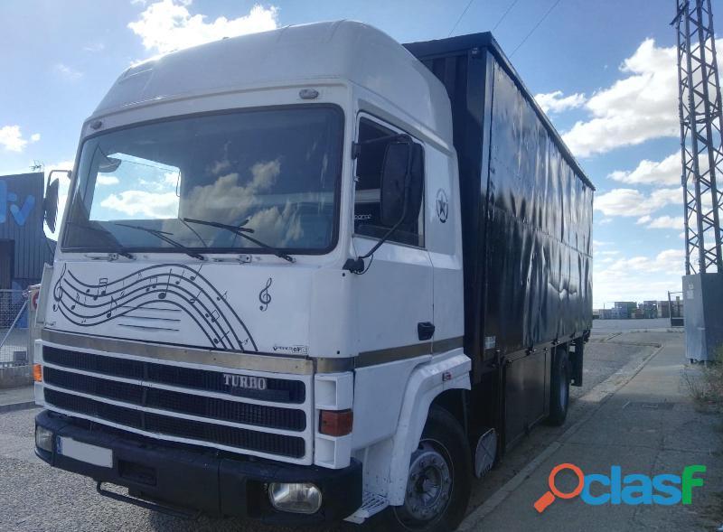 Camión Escenario musical Rígido RENAULT R 365  12.700€ 1