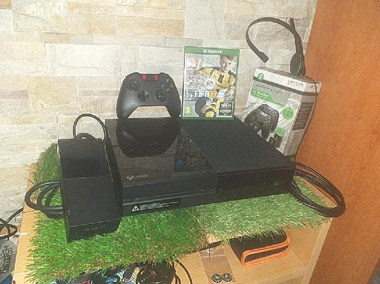 Consola xbox one 500 completa + fifa 17 + carga