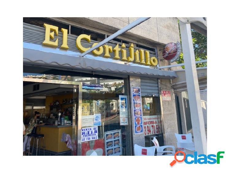 Bar cafeteria en carihuela.