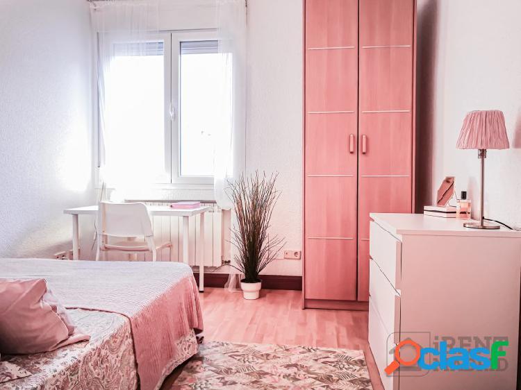 Habitación, con gastos incluidos, en barrio salamanca