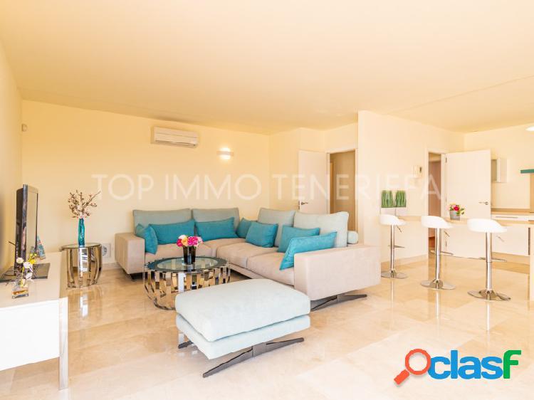 Moderno apartamento con vistas al mar en Magnolia Golf Resort, La Caleta 2
