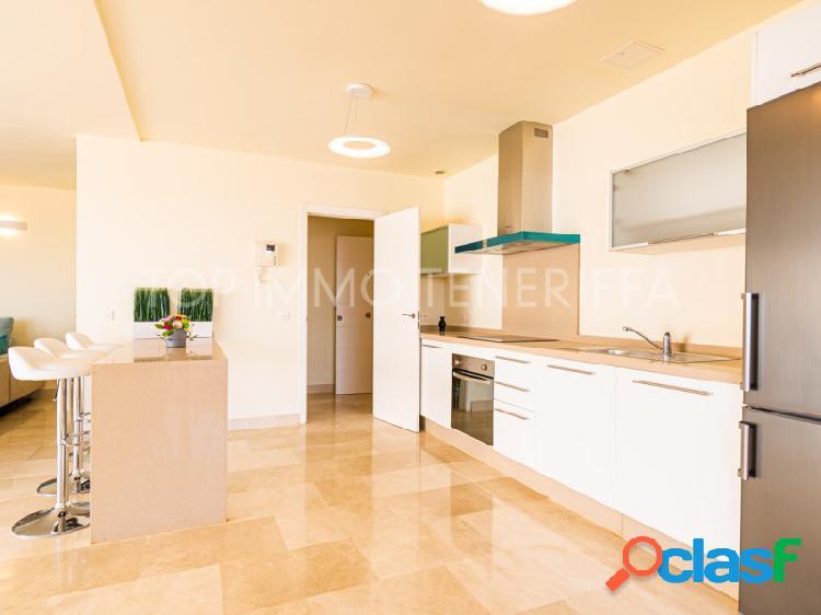 Moderno apartamento con vistas al mar en Magnolia Golf Resort, La Caleta 3