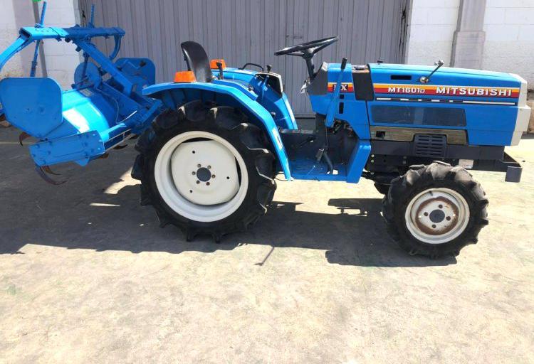 Venta de mini tractor mitsubishi mt1601d en valencia