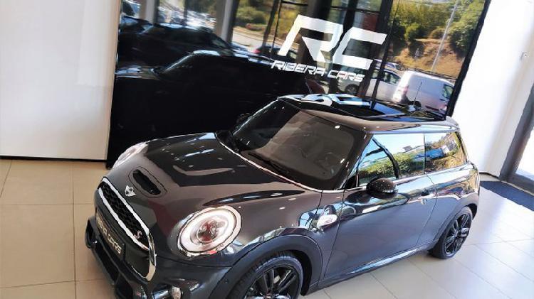 Mini mini cabrio cooper sd aut.