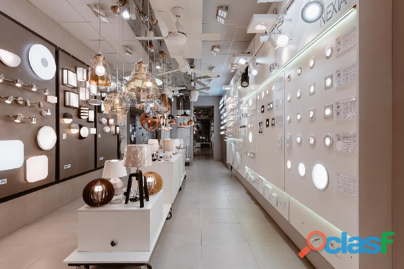 Tienda de iluminación y material eléctrico
