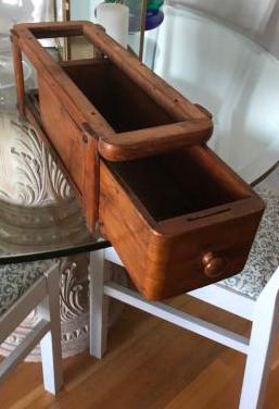 Cajón de mueble de máquina singer