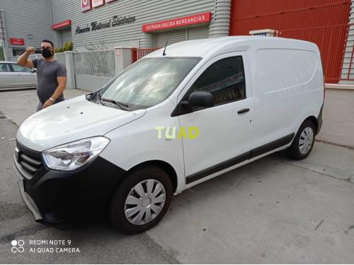 Dacia dokker van 1.5 dci puerta lateral corredera un solo