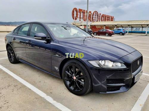 Jaguar xf 2.0d r sport con levas en volante, asientos