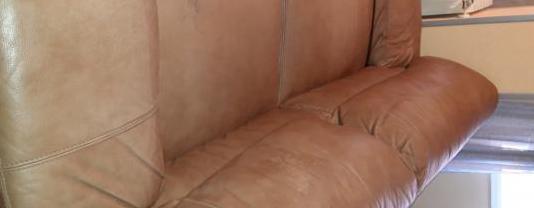 Juego sillones 3 y 2 plazas piel
