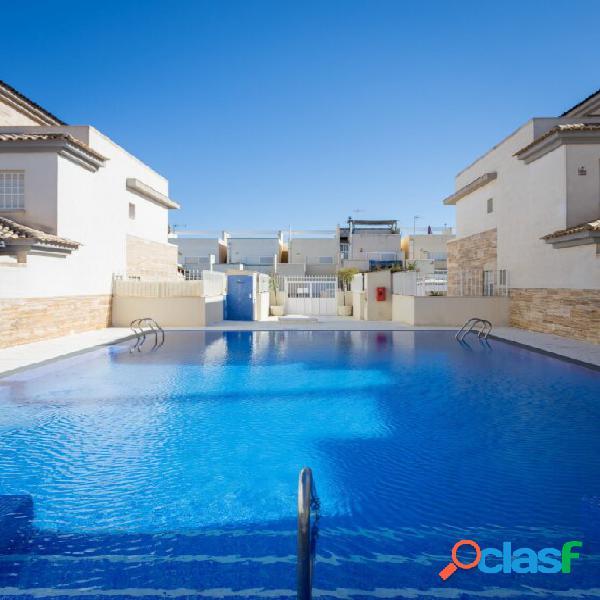 Duplex con piscina junto al parque natural y cerca de playas en San Pedro del Pinatar 1