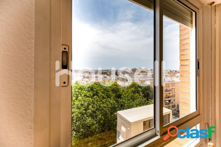 Piso en venta de 70m² en Calle Etna, 04008 Almería 3
