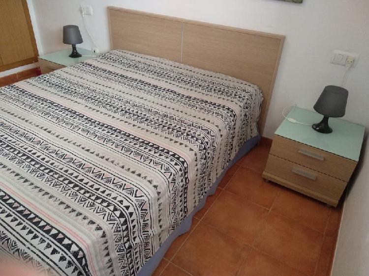 Conjunto dormitorio 150: cabecero y 2 mesitas