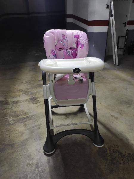 Trona marca zy baby rosa y blanca