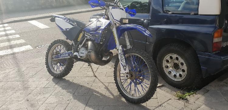 Yamaha yz 250 cross matriculada