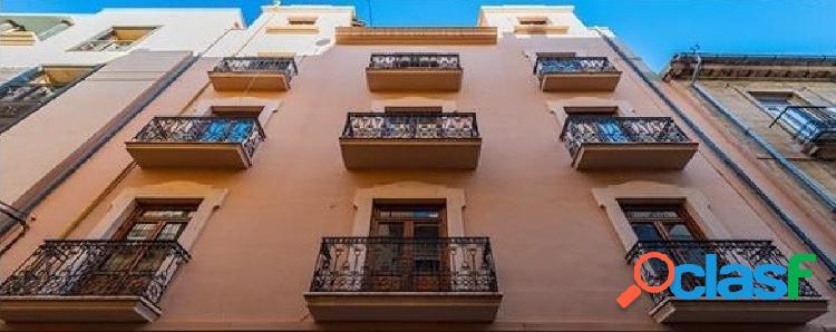 Edificio + Nave Garajes, en Barrio de La Seu. Centrico. 1