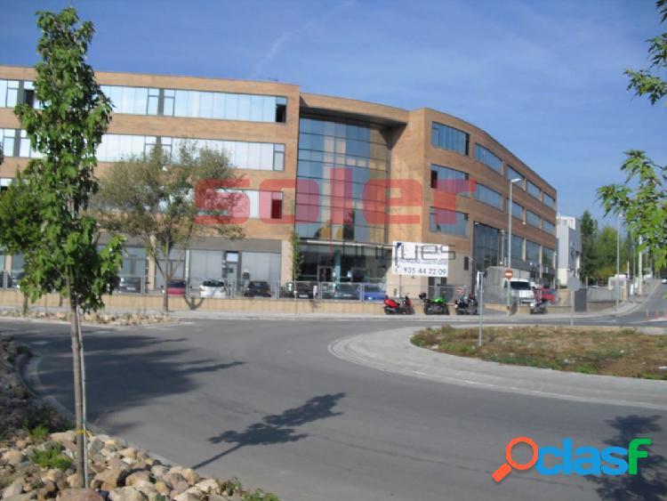 Corts catalanes – oficina de alquiler de 19m2, en edificio consolidado en una situación privilegiada