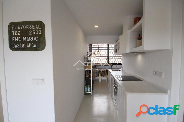 Apartamento reformado con encanto junto a la playa del Arenal, Javea. 3