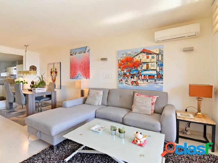 Bienvenido a este apartamento renovado junto al Paseo Maritimo de Fuengirola! 1