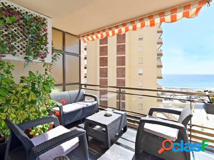 Bienvenido a este apartamento renovado junto al Paseo Maritimo de Fuengirola! 3