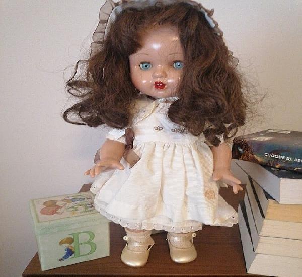 Antigua muñeca mariquita pérez