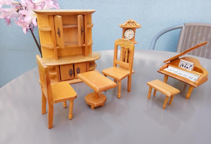 Juego de madera sala de música