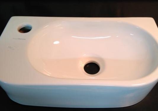 Mini lavabo moderno
