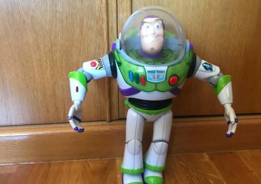 Muñeco buzz lightyear que habla