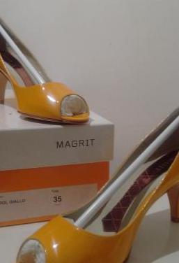 Zapatos peep toes magrit amarillos - t35