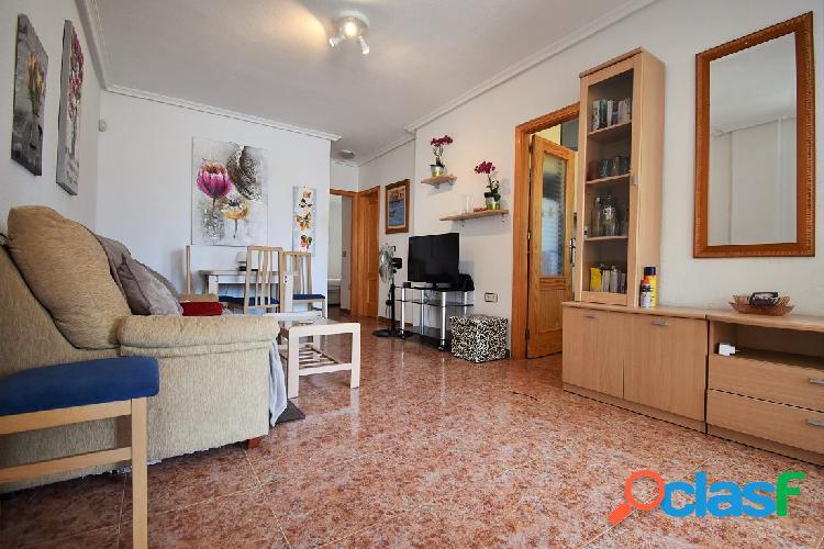Este apartamento de dos dormit 2